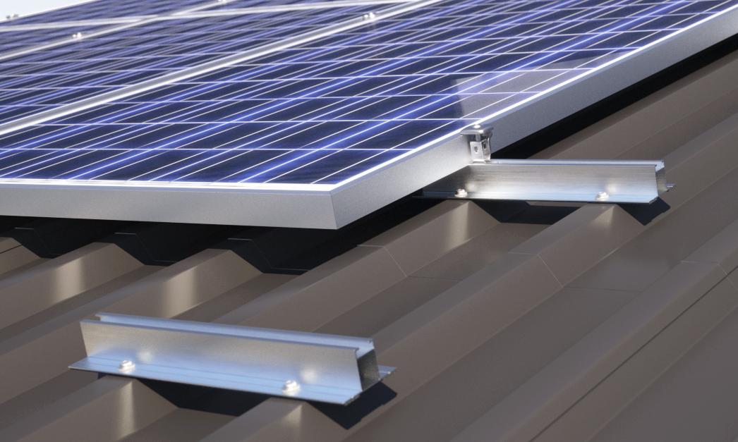 Montaggio In Verticale Di Moduli Solari